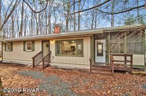 157 Underwood Ln, Lake Ariel, PA 18436
