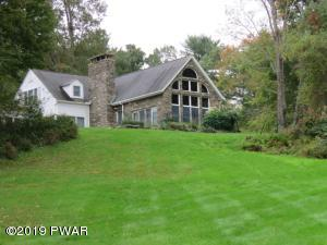 103 Windward Way, Paupack, PA 18451