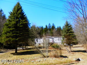 135 Prompton Rd, Honesdale, PA 18431