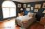 102 Rodeo Ln, Lords Valley, PA 18428