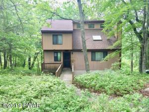 804 Wagoner Pl, Lords Valley, PA 18428