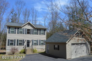 4091 Fairway Dr, Lake Ariel, PA 18436