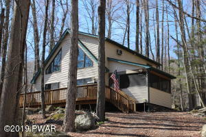 3829 Splitrail Ln, Lake Ariel, PA 18436