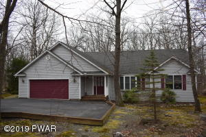 804 West Spur Court, Lords Valley, PA 18428