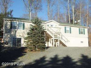 5 Bedrooms 3 Baths, Sauna & Walk to Beaver Pool.