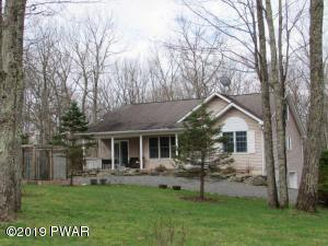 334 Maple Ridge Dr, Lords Valley, PA 18428