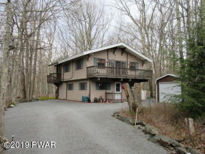 237 Washington Dr, Lords Valley, PA 18428