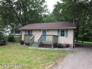 12 Sensentine Rd, Waymart, PA 18472