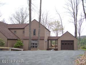 134 St. Veronica Dr, Greentown, PA 18426