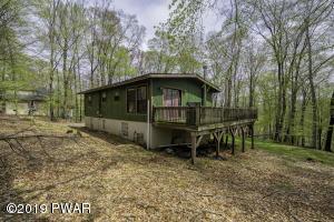 103 Ash Ln, Greentown, PA 18426