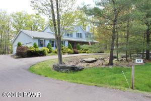 126 Marquise Dr, Tafton, PA 18464