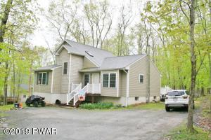 166 Lamplighter Ln, Lackawaxen, PA 18435