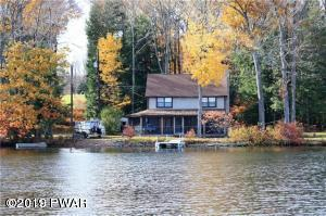 Lakefront on Lake Henry! Your dock your new life