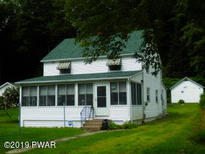 224 Shore Dr, Lake Ariel, PA 18436