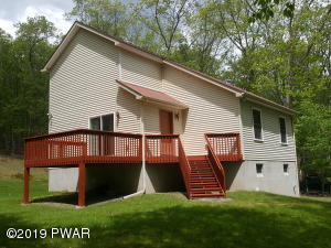 237 Forest Ridge Dr, Hawley, PA 18428