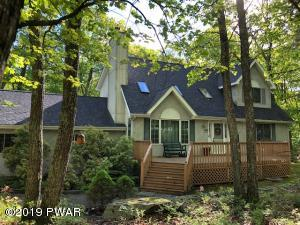 219 Mountain View Dr, Lords Valley, PA 18428