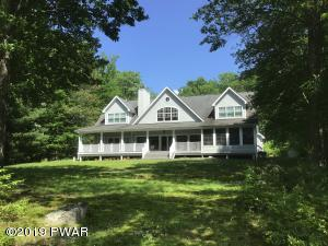 126 Broadmoor Dr, Lords Valley, PA 18428