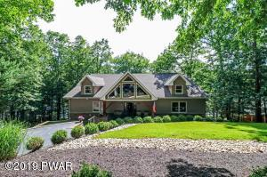 97 Woodledge E Lake Dr, Hawley, PA 18428