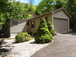 2869 Granite Ct, Lake Ariel, PA 18436