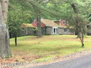 110 Elm Rd, Tafton, PA 18464