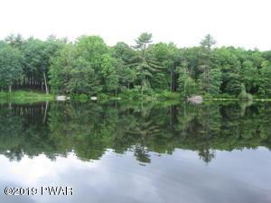 4-AR Lakefront Dr, Hawley, PA 18428