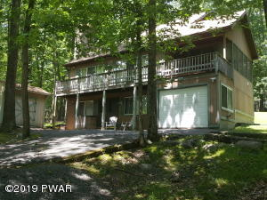 113 Cottonwood Dr, Hawley, PA 18428