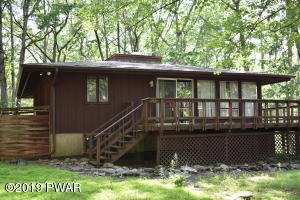 807 Tanager Court, Lords Valley, PA 18428