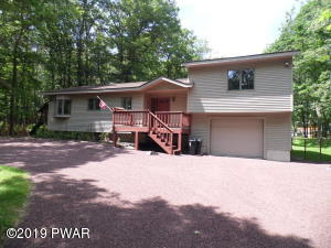 224 Washington Dr, Lords Valley, PA 18428