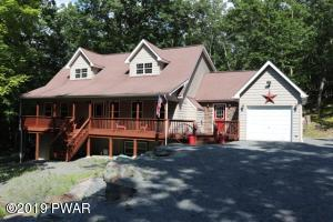 811 Pioneer Ct, Lackawaxen, PA 18435