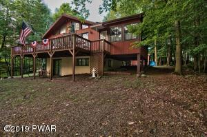 76 Roamingwood Rd., Lake Ariel, PA 18436