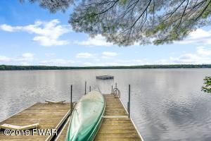 921 Twin Lakes Rd, Shohola, PA 18458