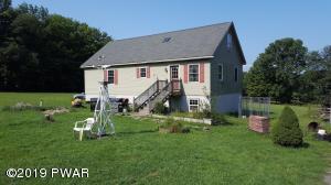 280 Sawmill Rd, Greentown, PA 18426