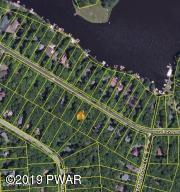 508 Lakeview Dr, Lake Ariel, PA 18436