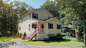 802 Lariat Court, Lords Valley, PA 18428