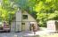 27 Oak Dr, Hawley, PA 18428