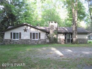 211 BASSWOOD Dr, Lords Valley, PA 18428
