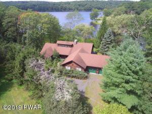 110 Lake Elizabeth Rd, Milford, PA 18337