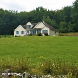 58 Thunderbird Rd, Pleasant Mount, PA 18453