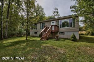 1038 Hidden Valley Ct, Lake Ariel, PA 18436