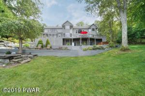 112 Calico Ct, Paupack, PA 18451