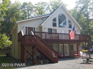 166 Deer Trail Dr, Hawley, PA 18428
