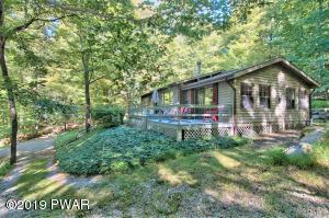 109 Ruffed Grouse Dr, Greentown, PA 18426