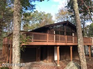 142 Boulder Dr, Lords Valley, PA 18428