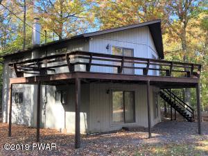 123 Estates Rd, Greentown, PA 18426
