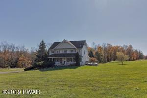 200 Stock Farm Rd, Lake Ariel, PA 18436