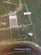 Lot 24,25 Blossom Rd, Lackawaxen, PA 18435