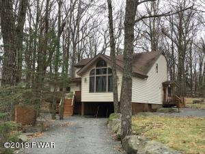 117 Surrey Ln, Lords Valley, PA 18428