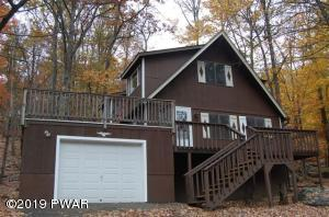 140 Lookout Dr, Lords Valley, PA 18428