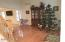139 Overlook Ln, Lords Valley, PA 18428