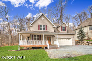 113 Cypress Ln, Greentown, PA 18426